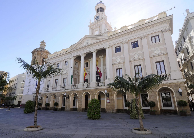 El Consistorio saca a licitación el pliego para el alumbrado público