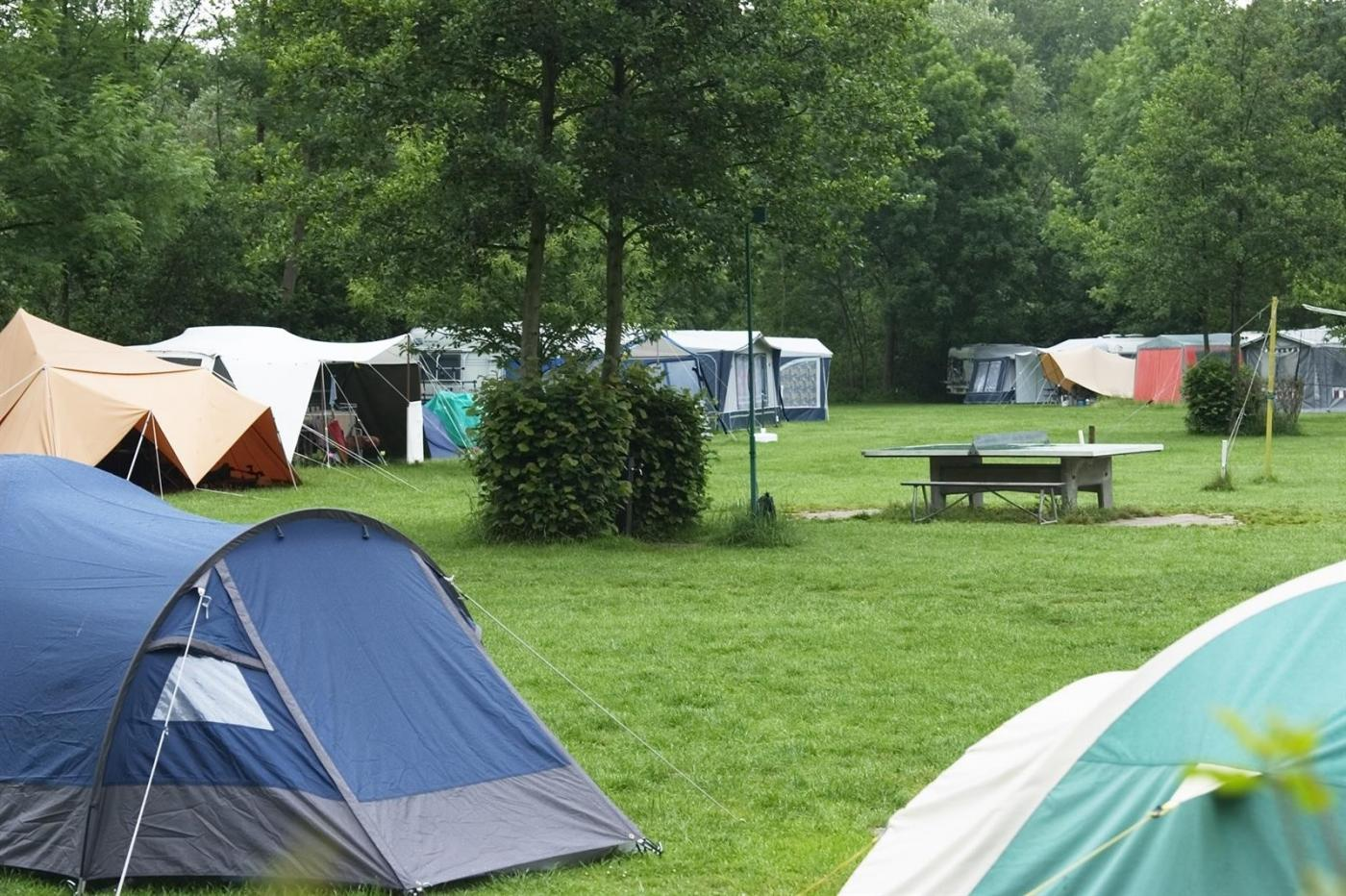Campings. A. I.