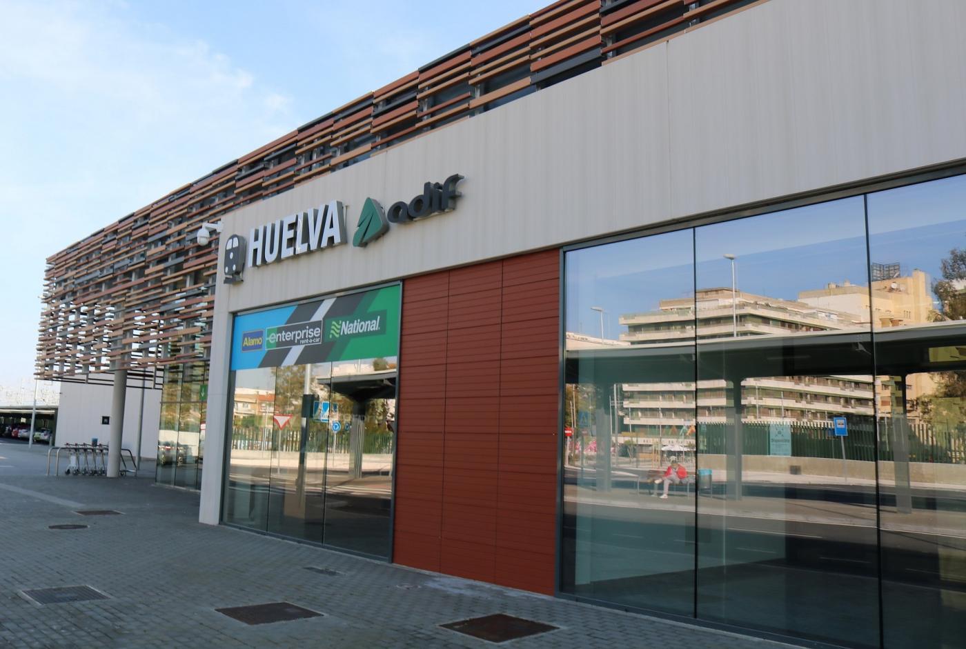 La Cámara De Comercio Reclama El Ave De Sevilla A Faro Con Parada En Huelva Andalucía Información Las Noticias De Punta Umbría
