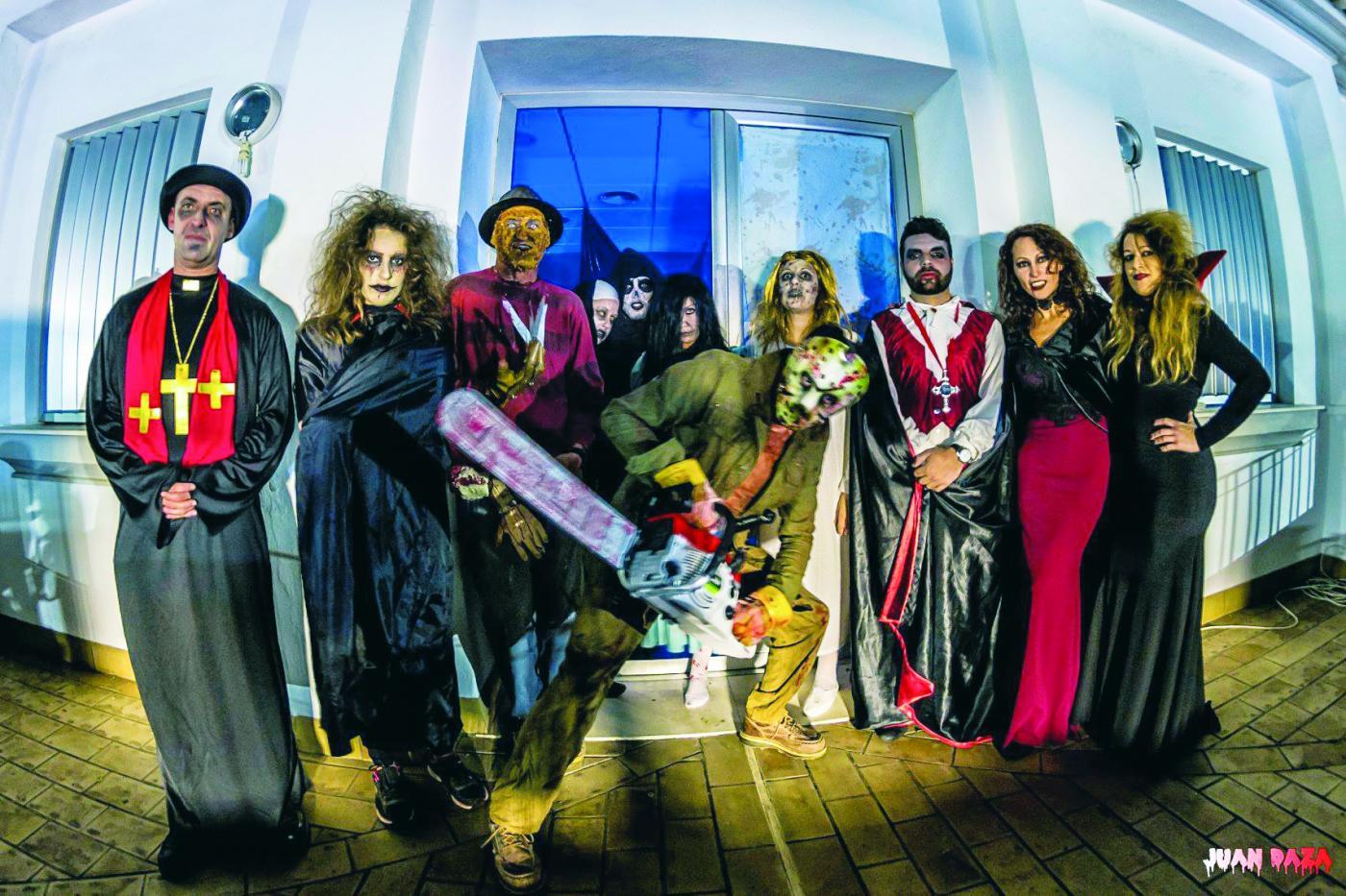 Fiestas prepara actividades para Halloween y anima a comerciantes a decorar sus locales