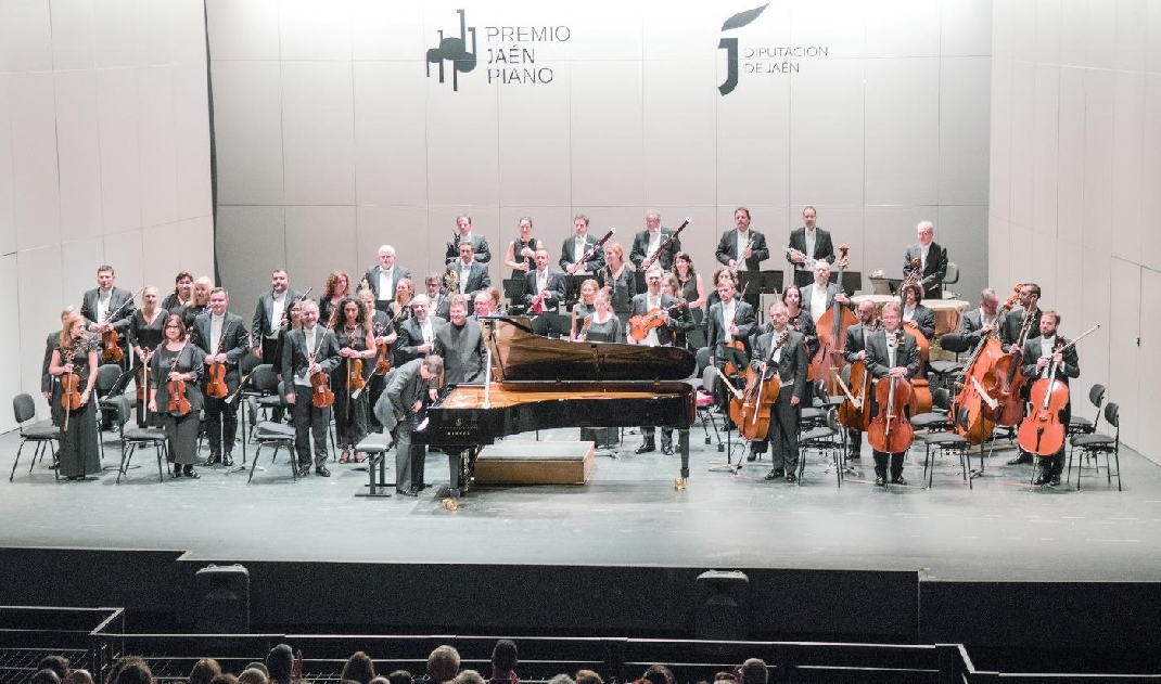 Javier Perianes honra a Beethoven