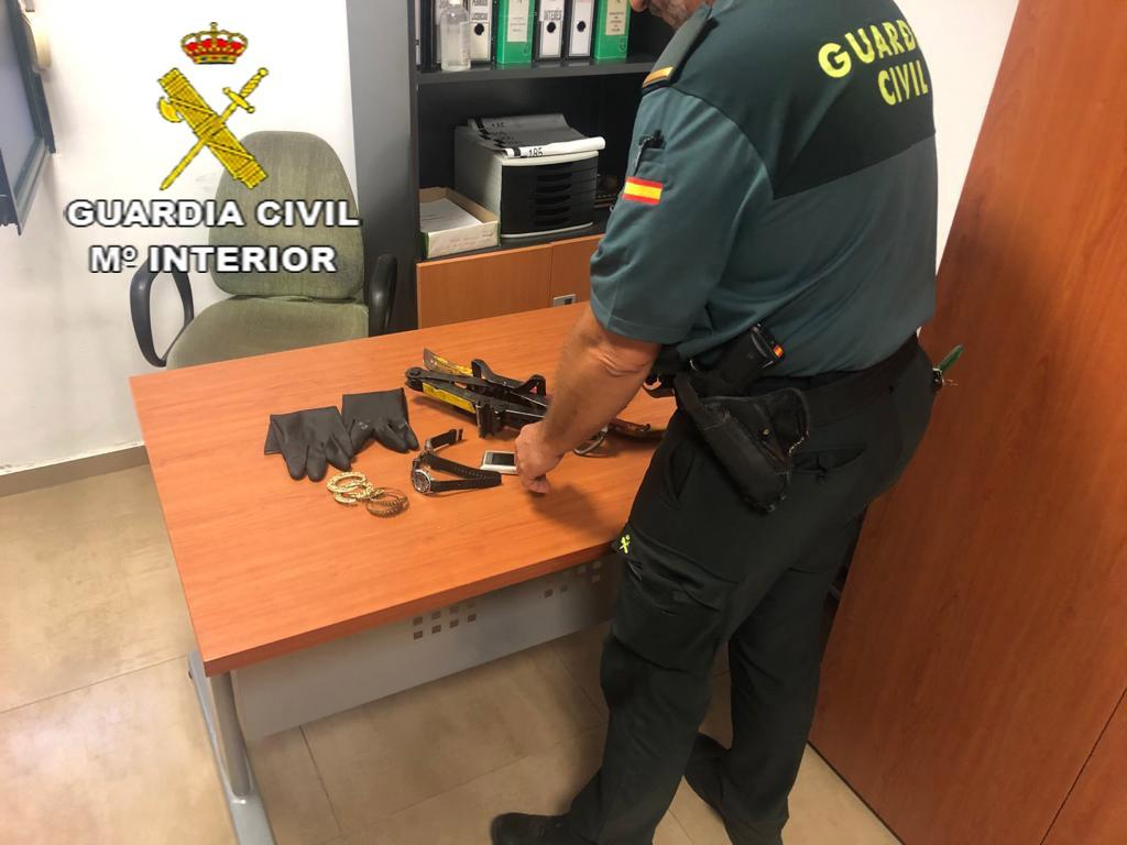 Material incautado por la Guardia Civil. GC