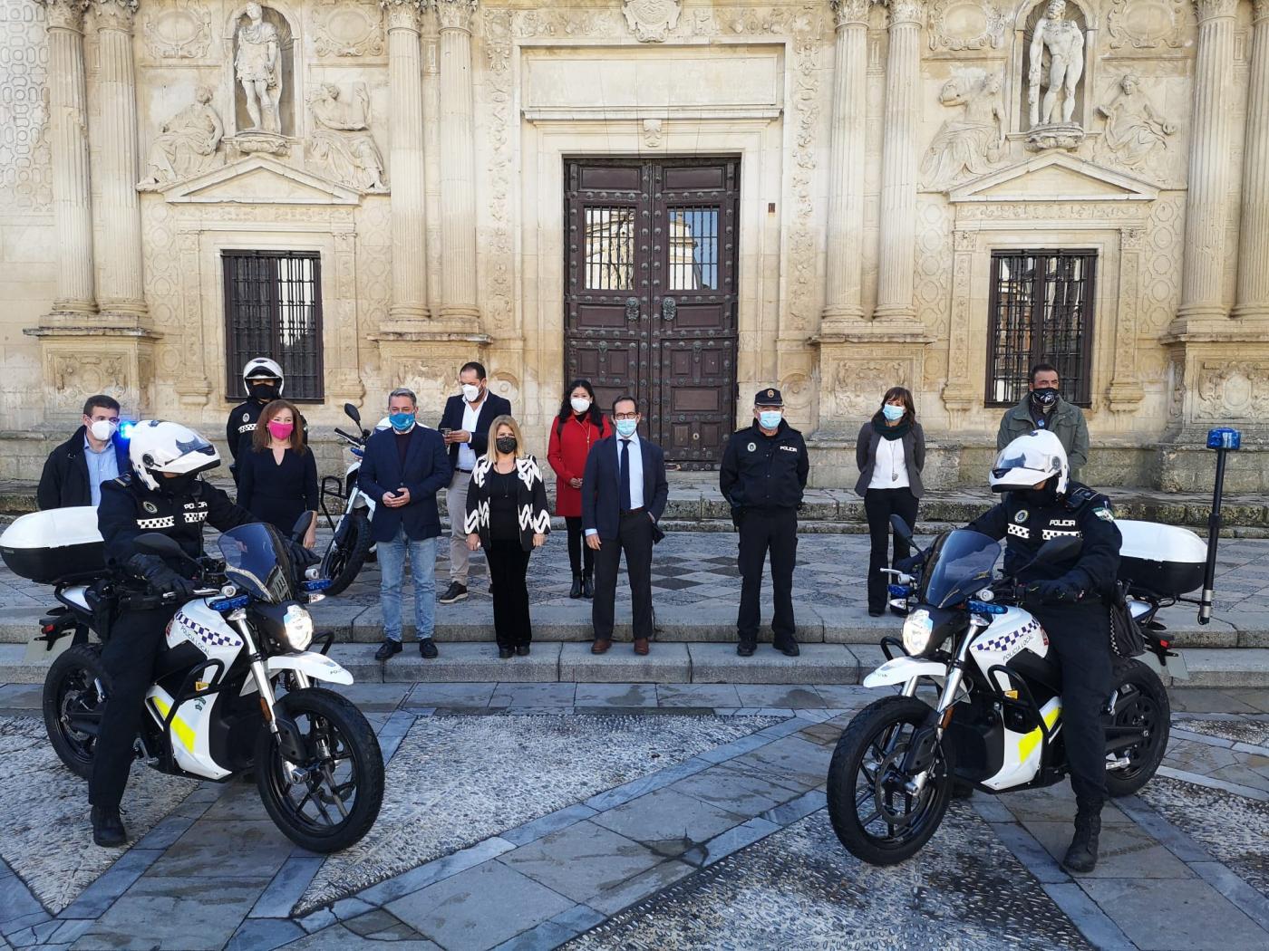 La Policía Local de Jerez estrena tres nuevas motocicletas eléctricas