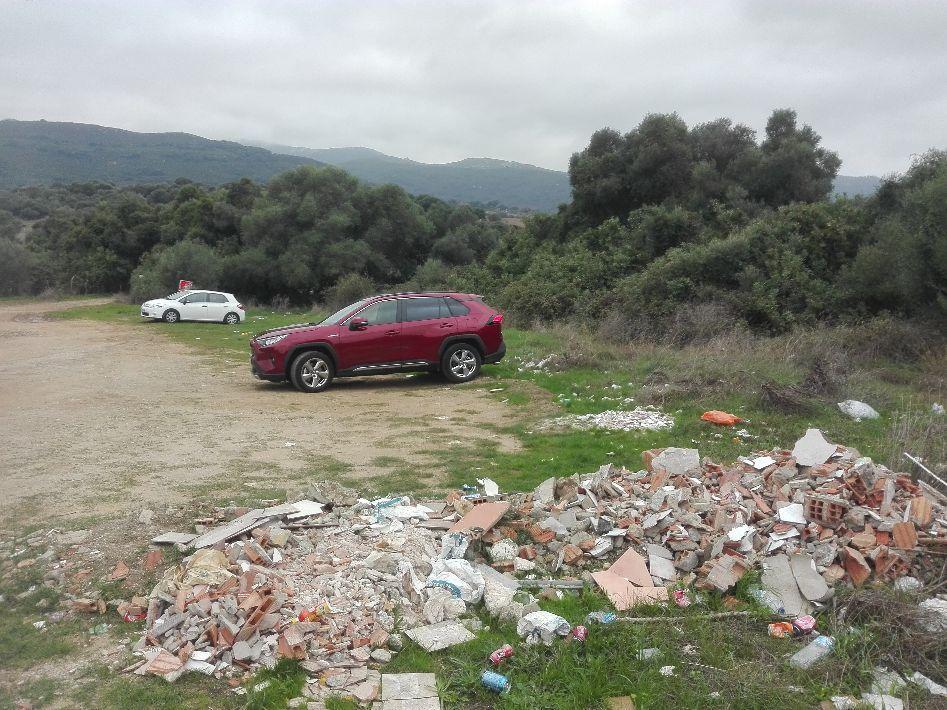 Círculo de Medio Ambiente pide retirar escombros en la Garganta del Capitán de Algeciras