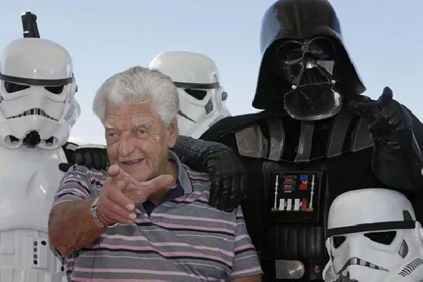 Muere Dave Prowse, el actor que interpretó a Darth Vader