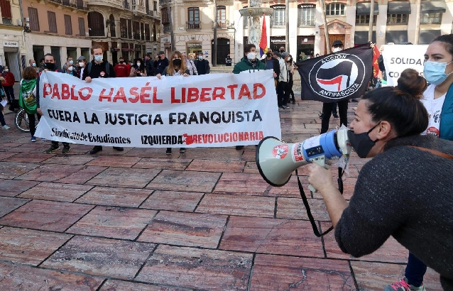 Unas 250 personas se concentran en apoyo a Pablo Hasél en Málaga