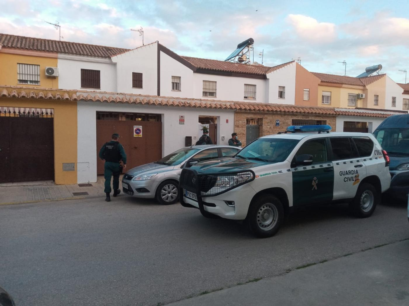 Registro de la Guardia Civil en Sanlúcar. OPC