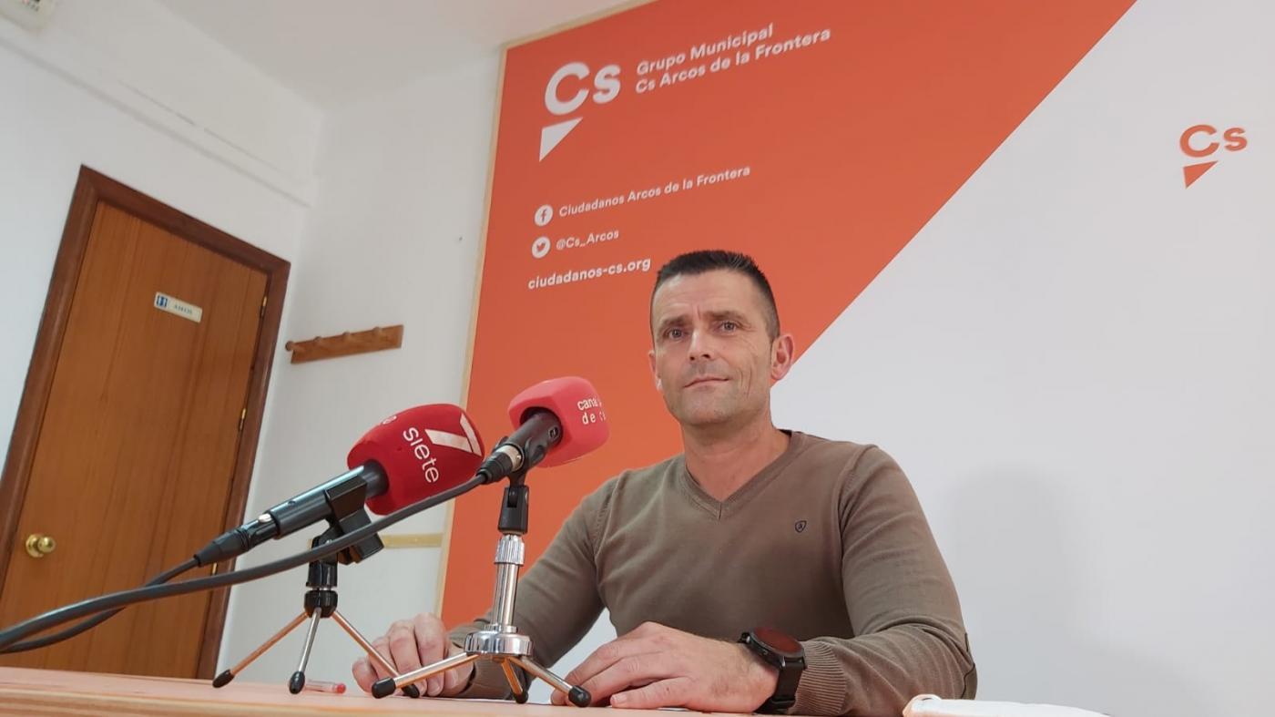 """Ciudadanos se reitera en el """"uso partidista"""" del empleo en Arcos"""