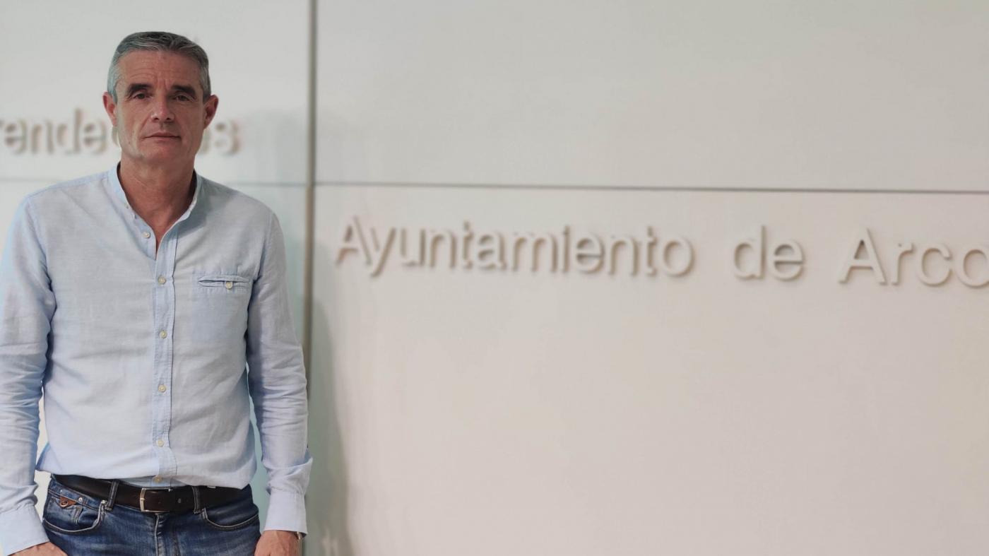 """El alcalde de Arcos al PP: """"La miseria y el hambre no tienen ideología"""
