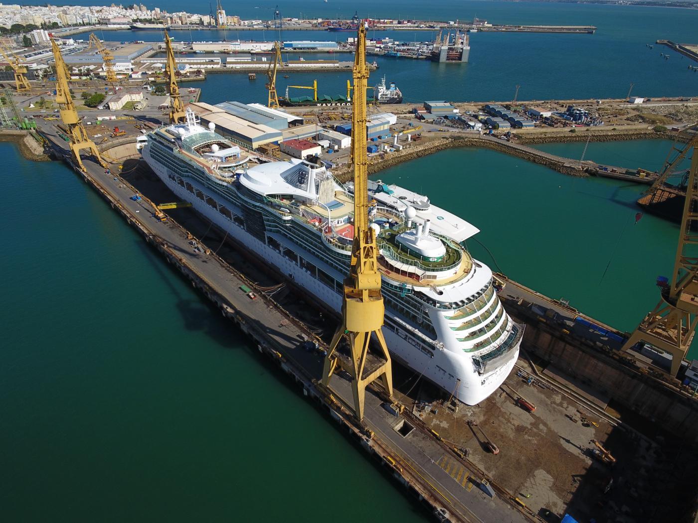 Navantia Cádiz a punto de finalizar los trabajos de mantenimiento del 'Jewel of the Seas'
