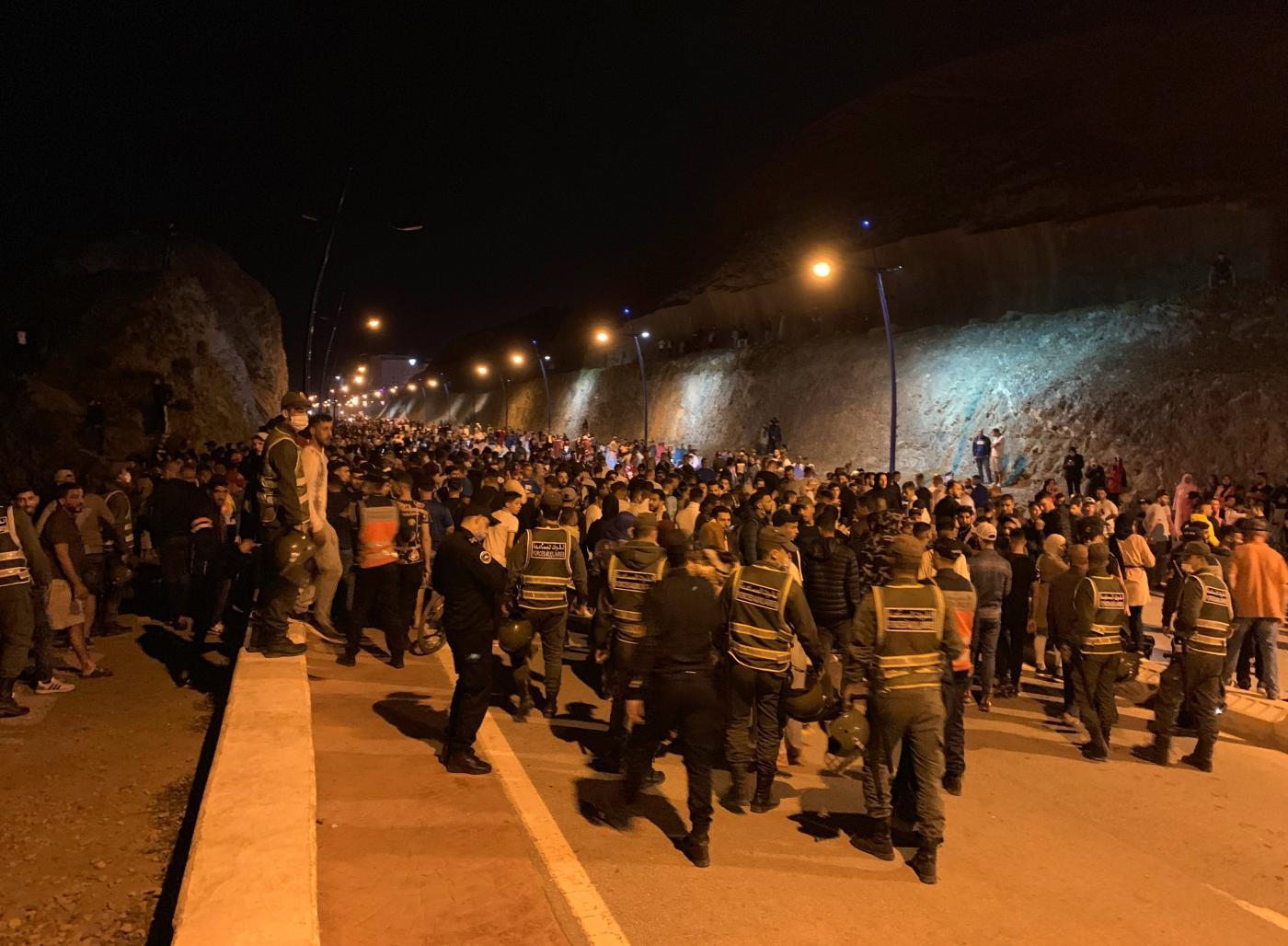 Cerca de 8.000 llegadas de inmigrantes a Ceuta y 4.000 de ellos devueltos