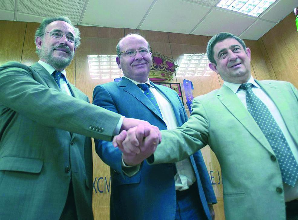 El tranvía de Jaén, la trinchera del PP y el PSOE
