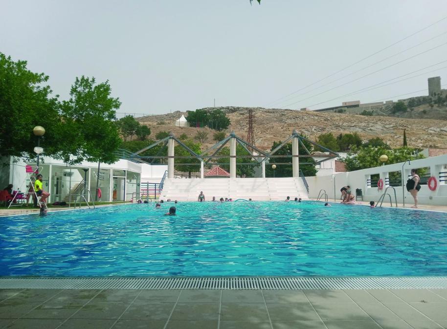 Más de 12.500 bañistas han disfrutado ya de las piscinas de Jaén