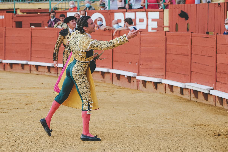 La torería auténtica de Juan Ortega sobresale en Jerez con dos orejas