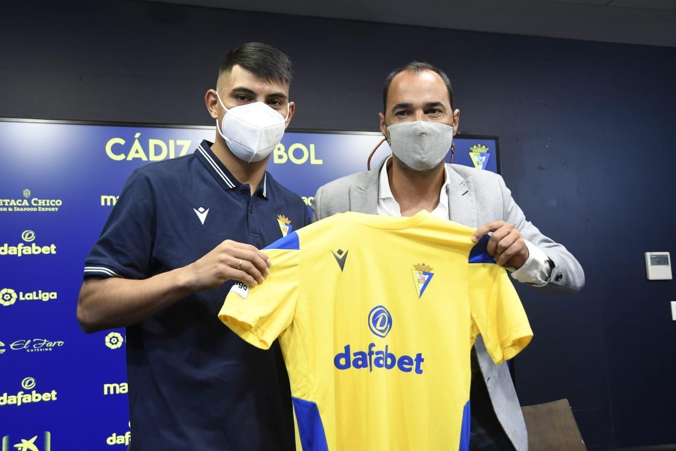 """Arzamendia: """"Mi objetivo es hacerlo lo mejor posible por el club"""""""