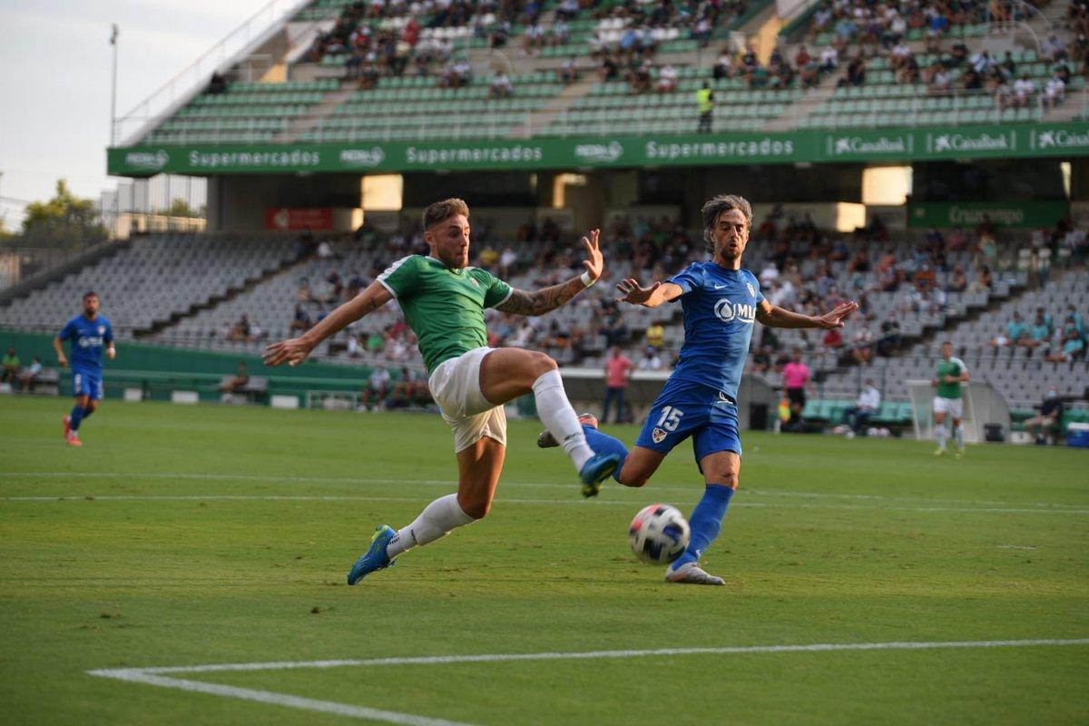 El Linares amarga el debut en pretemporada del Córdoba CF