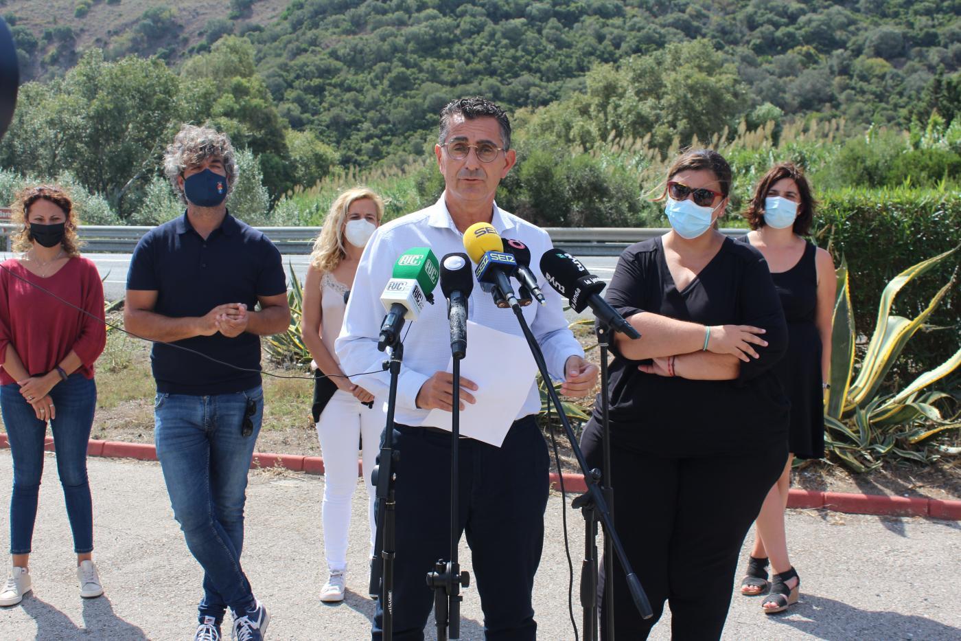 Molina reclama la construcción de la autovía A-48 que une Vejer y Algeciras