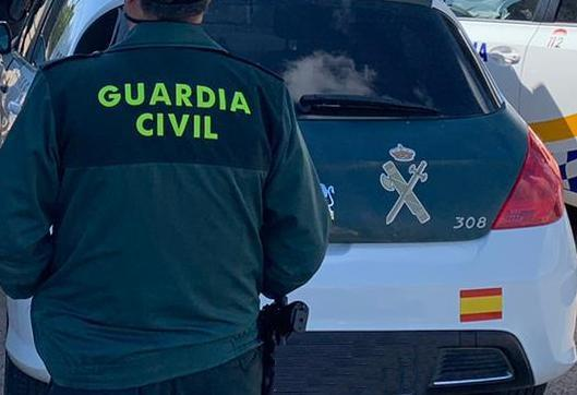 Detenido un conductor que circulaba drogado tras saltarse un control en Sanlúcar