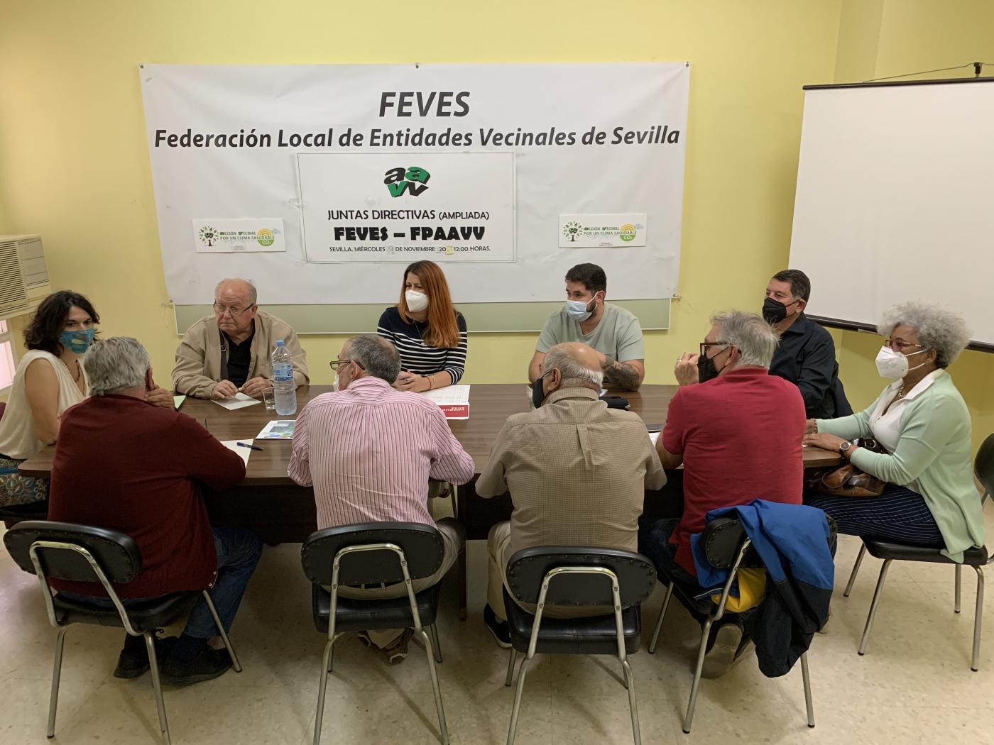 Adelante Andalucía Sevilla solicita al PSOE mejoras presupuestarias por movimiento vecinal