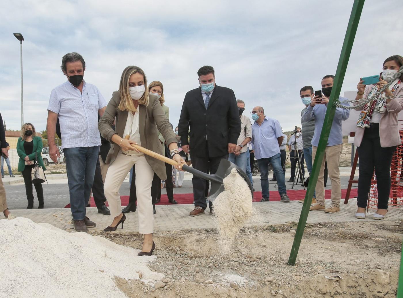 Más de 1,5 millones de euros para la mejora de carretera a la base de Morón