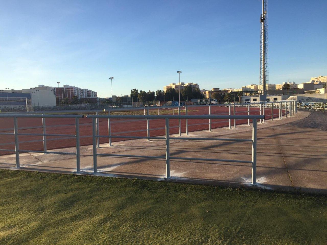 Cádiz adjudica las obras del complejo deportivo 'Puntales La Paz' por casi 315.000 euros